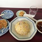 中華そばもりや - 料理写真:半チャーハンと餃子のセット