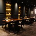 Akami Modern Chop House - ☆お食事会にも良さそうな雰囲気(*^。^*)☆