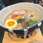 71025847 - 鶏白湯麺