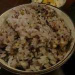 71026332 - 十六穀米。