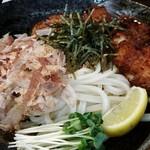 本場讃岐うどん ビストロカズ - かしわ天ぶっかけ 特盛(350g)