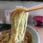 Daikouramen - 麺は中細麺