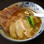 麺屋AMORE - チャーシューバリ鰹らーめん