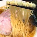 らーめん 稲荷屋 - 細麺リフト