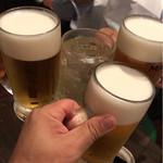 71038213 - まずは乾杯でスタート!
