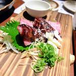 高知藁焼き 屋台餃子 土佐宿毛マーケット - ケンボロー豚ソーセージの藁焼き