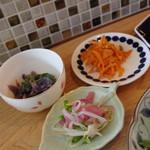 コモドキッチン - 本日のランチの総菜3種
