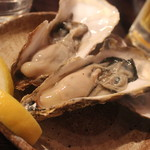 71041572 - 焼き牡蠣