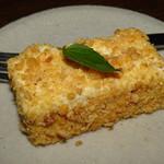 豆腐料理 空野 - クリームチーズケーキ風のデザート。材料は豆腐で、とても美味しい!