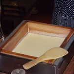 豆腐料理 空野 - この席で豆乳から作った豆腐