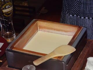 豆腐料理 空野 渋谷店 - この席で豆乳から作った豆腐