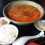 中国家 - 半ライス、納豆、お新香サービス