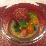 蔵元佳肴 いづみ橋 - トマトとズッキーニのスープサラダ