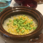 蔵元佳肴 いづみ橋 - トウモロコシとえびな豆の炊き込みご飯
