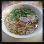 ザ・ラーメン屋 - ワンタン麺 900円