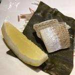 第三春美鮨 - 白鱚 昆布〆 刺し網漁 兵庫県由良