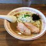 煮干中華そば専門 煮干丸 - 料理写真:煮干しそば790円
