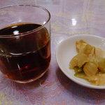 広州名菜 聚英 - 紹興酒と突き出し