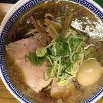 ラーメン大河 - ラーメン650円 + 味玉100円