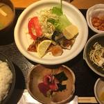 71066667 - 日替わり定食は¥750のお値打ち