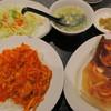 歓迎 - 料理写真:ランチ③ 海老玉子丼+羽根つき餃子4個