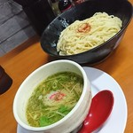 維新商店 - 柚子塩のつけそば中盛り890円