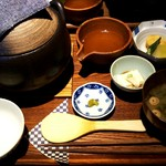 Mama-ru - サーモンとイクラの土鍋ご飯にしました(1,500円)