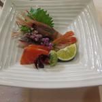 ホテルニドム - 道産魚介の三種お刺身盛り合わせ(大助、そいの焼霜造り、牡丹海老)