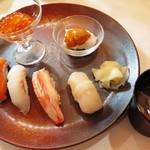 ホテルニドム - 握り寿司六種(大助、ずわい蟹、いくら、帆立貝、黒ソイ、ウニ)道産旬魚と根菜の三平汁