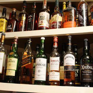大人の味♪50種類を超えるウイスキー!