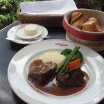 Brasserie VIRON  - 牛ホホ肉の赤ワイン煮