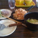 International CHAPPE DINING - ミックスお好み焼きランチ