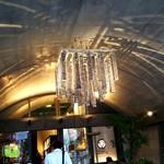 常陸野ブルーイング・ラボ - お店の入り口のところは天井がアーチ形