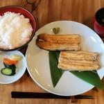 71087470 - 白焼3100円+お食事セット400円