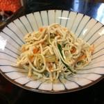 喜来楽 - 糸切り豆腐の和え物