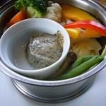 71090990 - 蒸野菜(黒胡麻マヨネーズソース)