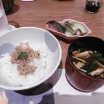 徳寿 - お食事