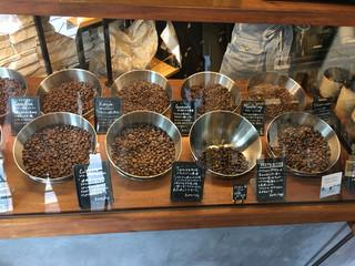 アンモナイト - ハンドドリップは、ここから豆を選びます。