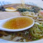 あずま食堂 - 真面目な鶏がらスープ。
