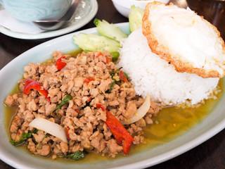 本格タイ料理 タイの食卓クルン・サイアム 自由が丘店