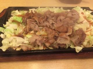 ビフテキ家あづま - じゅーじゅー焼き 野菜マシ