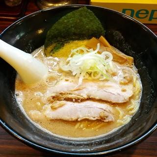 ラーメン長山 - 料理写真:ラーメン 680円