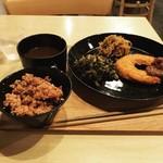 71102016 - 精進ランチ。ご飯はプラス200円でブラウンライスにした。