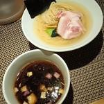 71103782 - 鯛昆布水つけ麺(醤油・夏季限定)900円