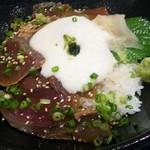 阿久根 魚鈎 - 漬けとろろのアップ