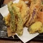 弥平 - 三浦野菜と季節の野菜天ぷら盛り合わせ