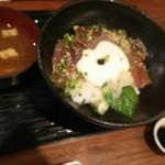 阿久根 魚鈎 - 阿久根地魚の漬けとろろ(税別980円)