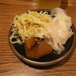 阿久根 魚鈎 - セルフサービスのお漬け物盛り