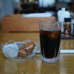 そば処 本丸東 - アイスコーヒーはサービス