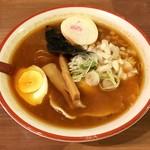 71107971 - 魚介パンチ赤パン750円、大辛プラス50円です。